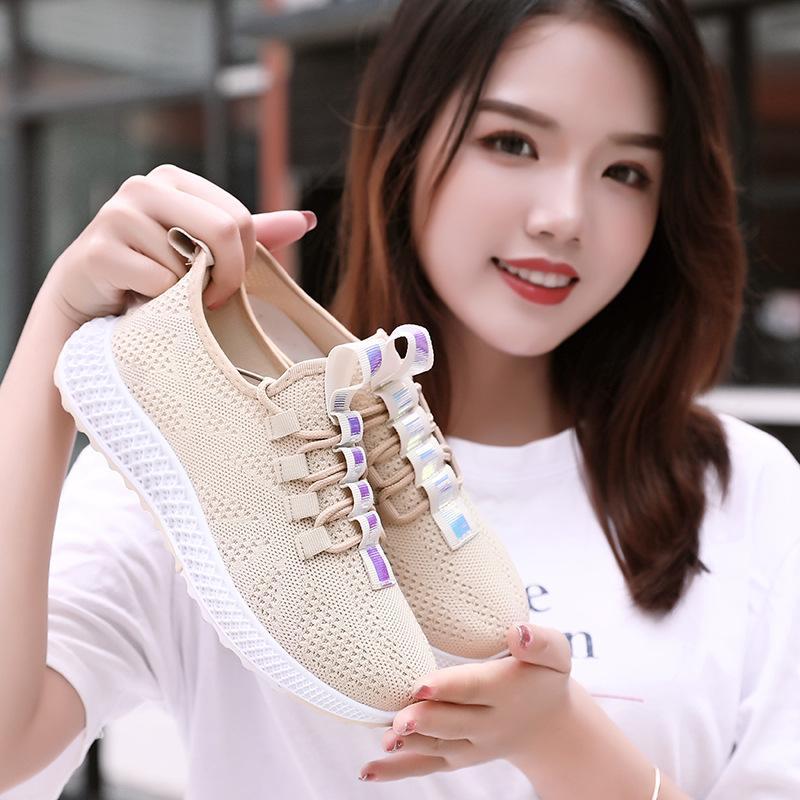 2019 جديد وصول الكبار الرقص رياضة المرأة البيضاء الجاز / أحذية الرقص مربع أحذية التمارين الرياضية تنافسية لياقة رياضة أحذية حجم 35-44