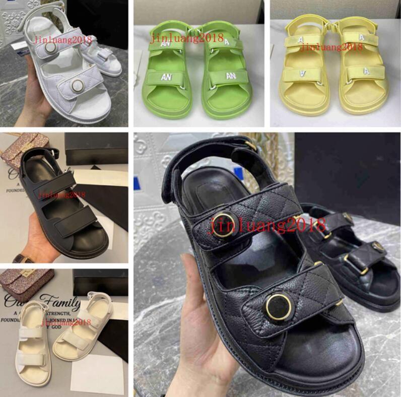 All'inizio della primavera del 2021, controlla i sandali della piattaforma modello, le scarpe da donna, le lettere maschili e femminili flip flopare disponibili in 35 a 44 colori più scatole