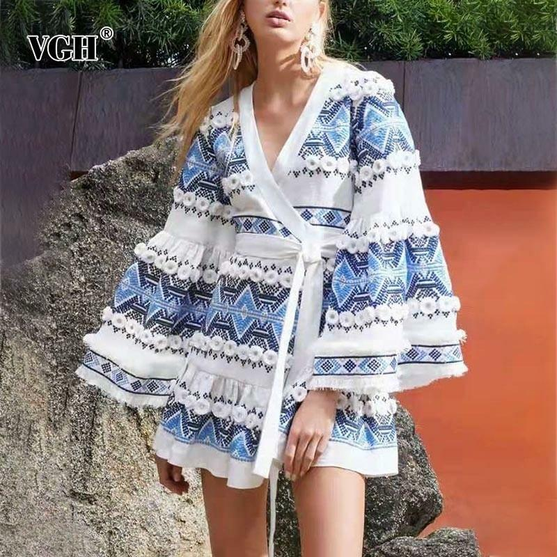 Casual Dresses VGH Summer Women's Dress V Neck Flare Sleeve Hit Color Lace Patchwork High Waist A Line Female Fashion 2021