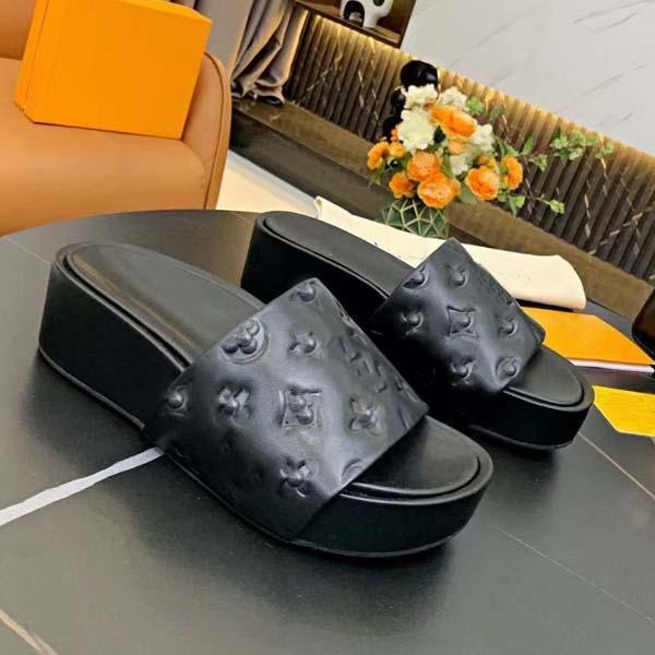 2021 cunei estivi tacco da donna pantofole Designer scarpe di design superiore qualità in vera pelle embossingfashion casual infradito taglia 35-41 con scatola