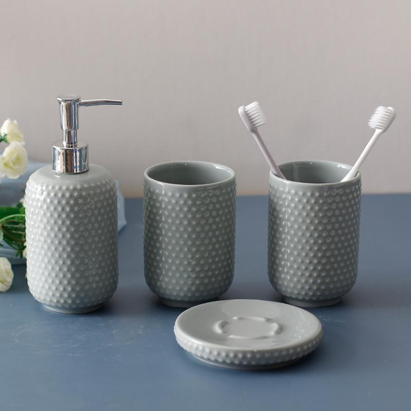 Sıvı Sabun Dağıtıcı Işık Lüks Banyo Avrupa Seramik Losyon Şişesi Diş Fırçası Kupası Bulaşık Yaratıcı Ev Ürünler