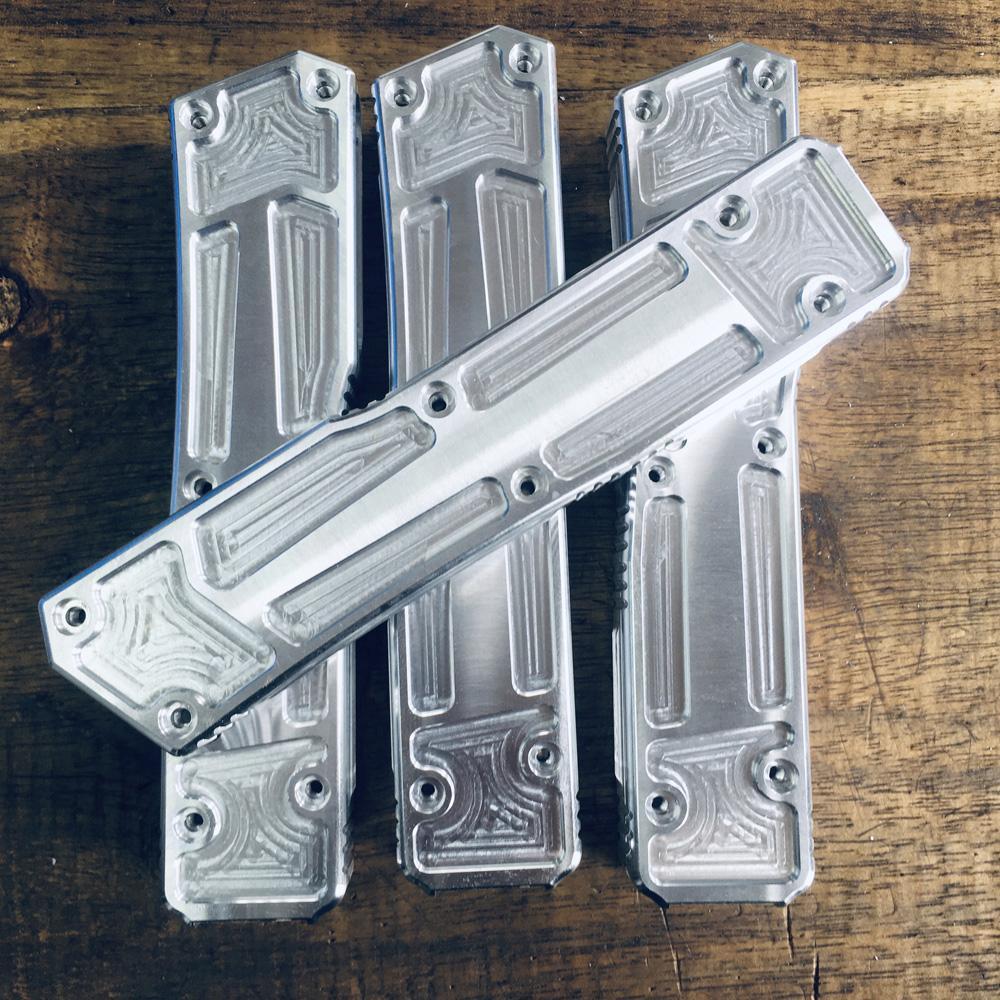 Automatic EDC produce OEM fuori il coltello anteriore all'ingrosso Auto Tactical Combat Knives Coltelli da caccia all'aperto Camping Survival Pocket Utility Tool