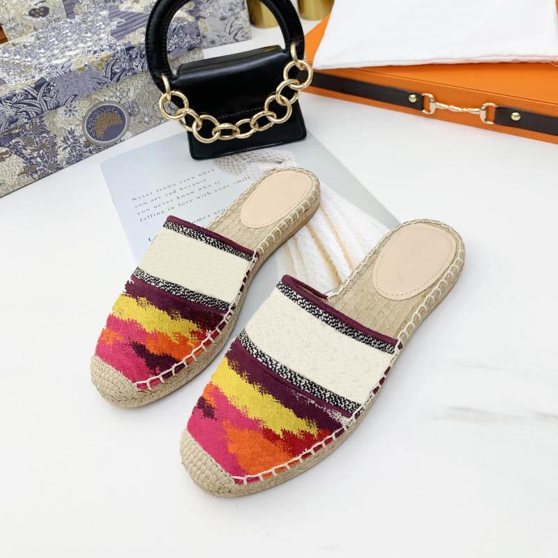 Mulheres Sandal Casual Muller Sapato Espadrilles Verão Sandálias de Alta Qualidade Retro Flat Beach Chinelos Moda de Moda Bordado LE