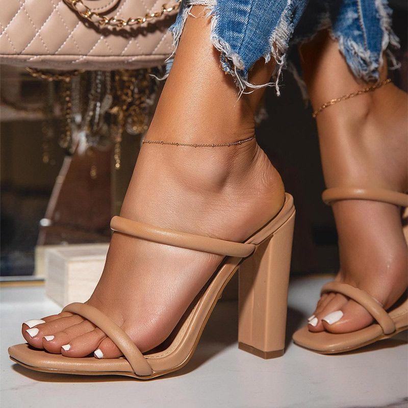 Sandálias Sandálias Quadrado Toe Summer Sexy High Saltos Pu Senhoras Moda Slip na Mulher Plus Size Mulher Bombas Calçado 2021 New Feminino