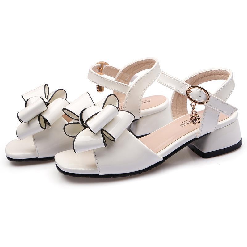 صندل للفتيات الاطفال براءات الاختراع الزهور ربطة في مع الأطفال الأميرة حزب الأحذية أزياء لطيف شاطئ الصنادل الصيف 2021