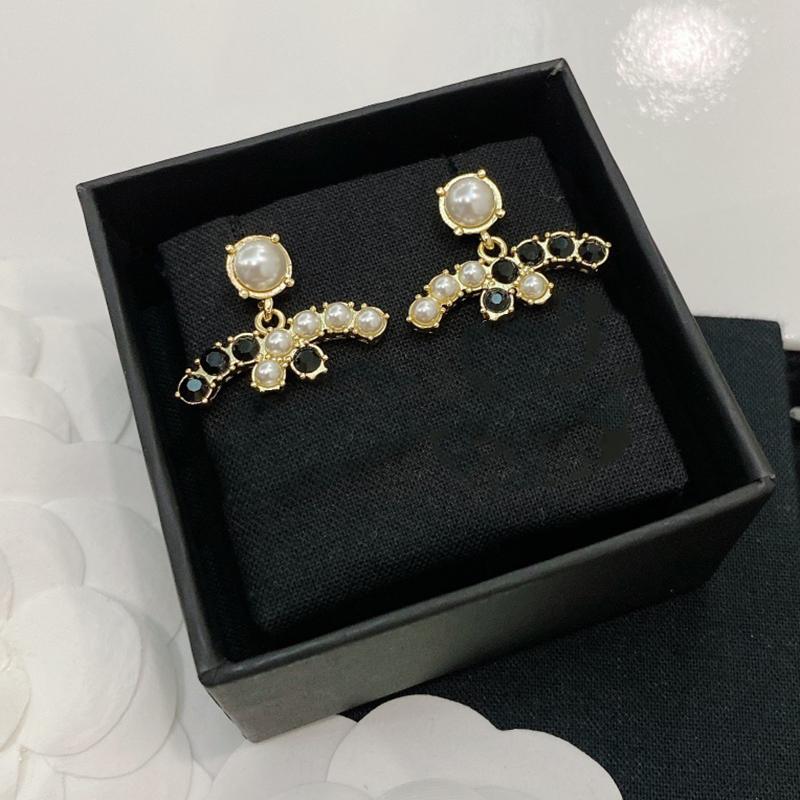 Venda quente Brincos de grife clássico Duplo Logotipo Black Diamante Branco Brincos 925 Prata L0-C21