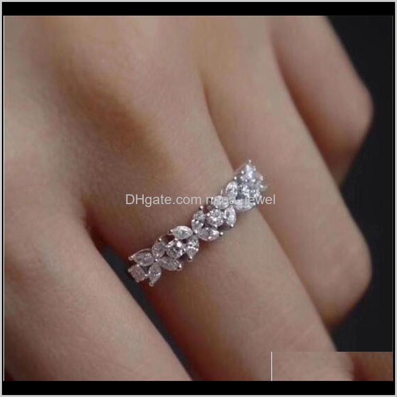 ABD Boyutu 6-10 El Yapımı Lüks Takı 925 Ayar Gümüş Markiz Kesim Beyaz Topaz Gemstones Kadınlar Düğün Çiçek Band Yüzük Severler için Y9ISU