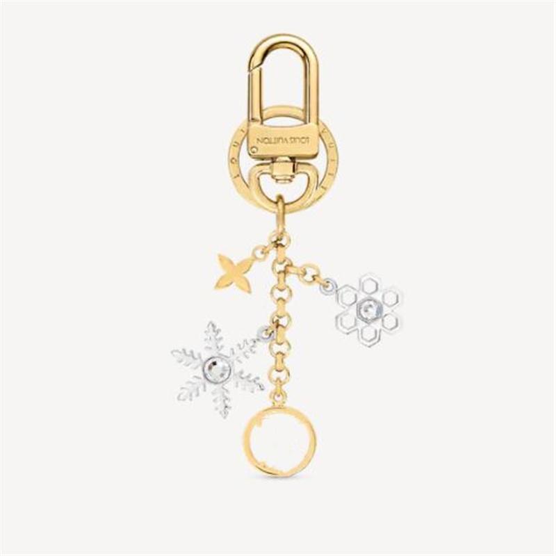 2021 Luxurys Designer Anahtarlıklar Toka Severler Araba Anahtarlık El Yapımı Deri Anahtarlık Erkek Kadın Çanta Kolye Aksesuarları 17 Renk
