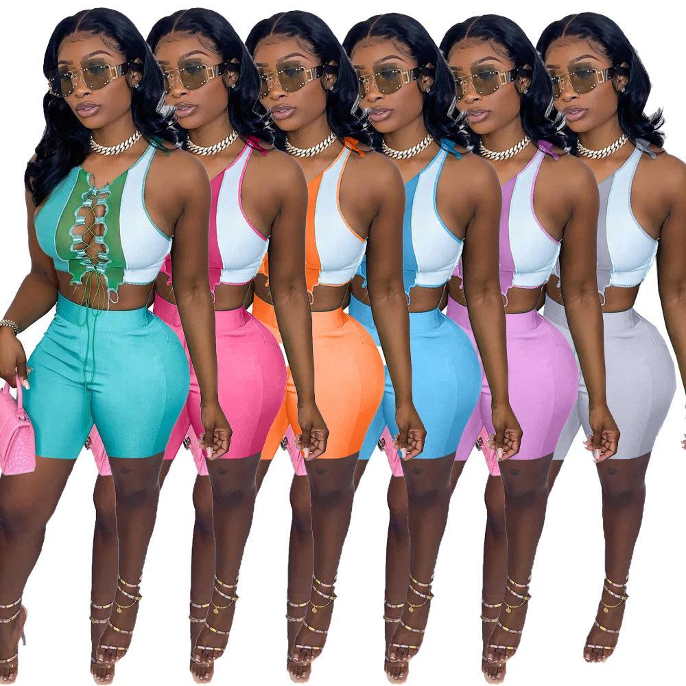 Designer 2021 verão mulheres nova moda temperamento de lazer cor contraste splicing cinta oca para fora dois pedaços conjuntos de moeda sleeveless colete shorts outfits