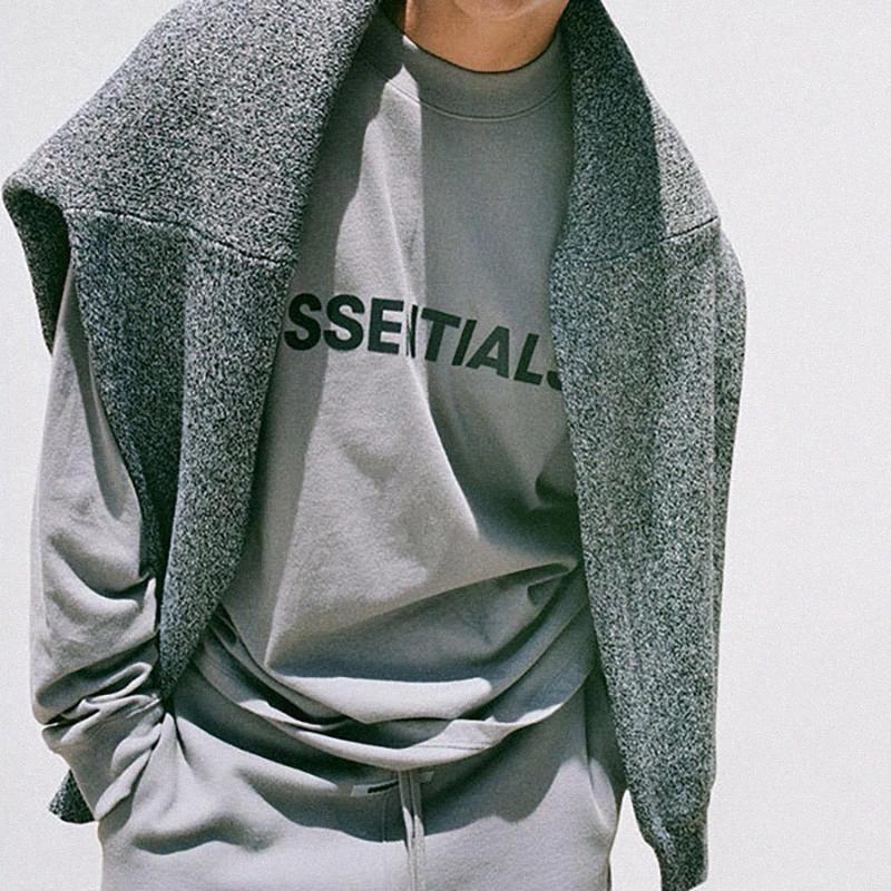 안개에 대한 하나님의 필수 SS20 프론트 로고 긴 소매 T 셔츠 캐주얼 오버 사이즈 긴 소매 티 남성 여성 하라주쿠 힙합 Streetwear 2 DMSE #