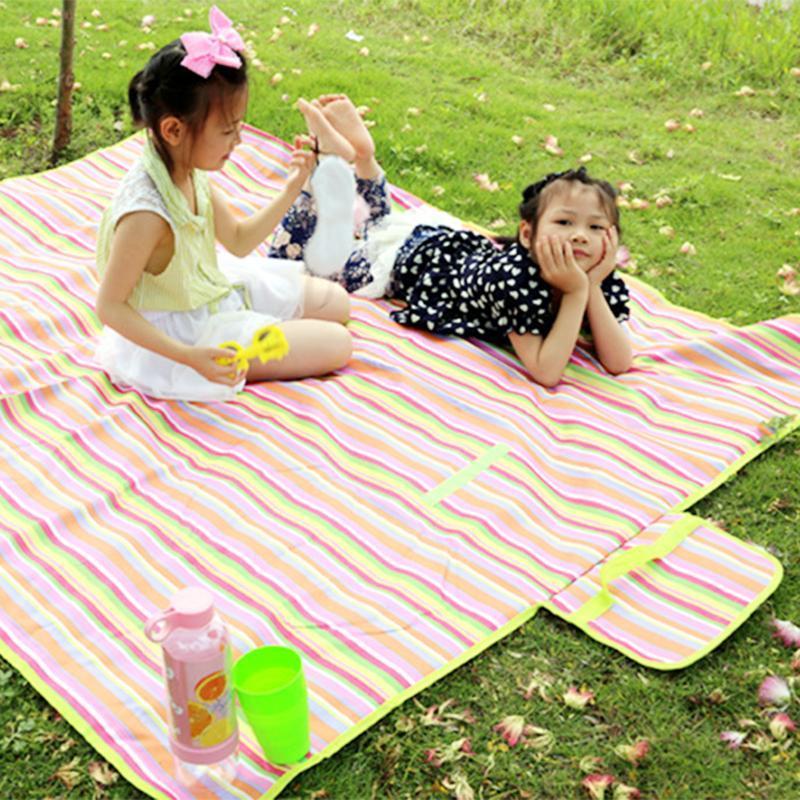 150 * 180 cm Coperte da campeggio Impermeabile Oxford Panno Picnic Picnic Tappetini a strisce Cuscino a griglia per bambini Play Macchina a molla Pads all'aperto