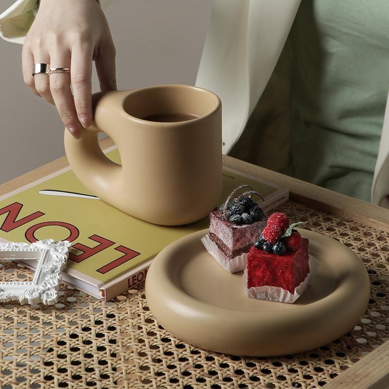 Mugs 320ML/380ML Nordic Ceramic Mug Fat Handle Coffee Cup And Saucer Set High Temperature Heat Insulation Water Self Stirring