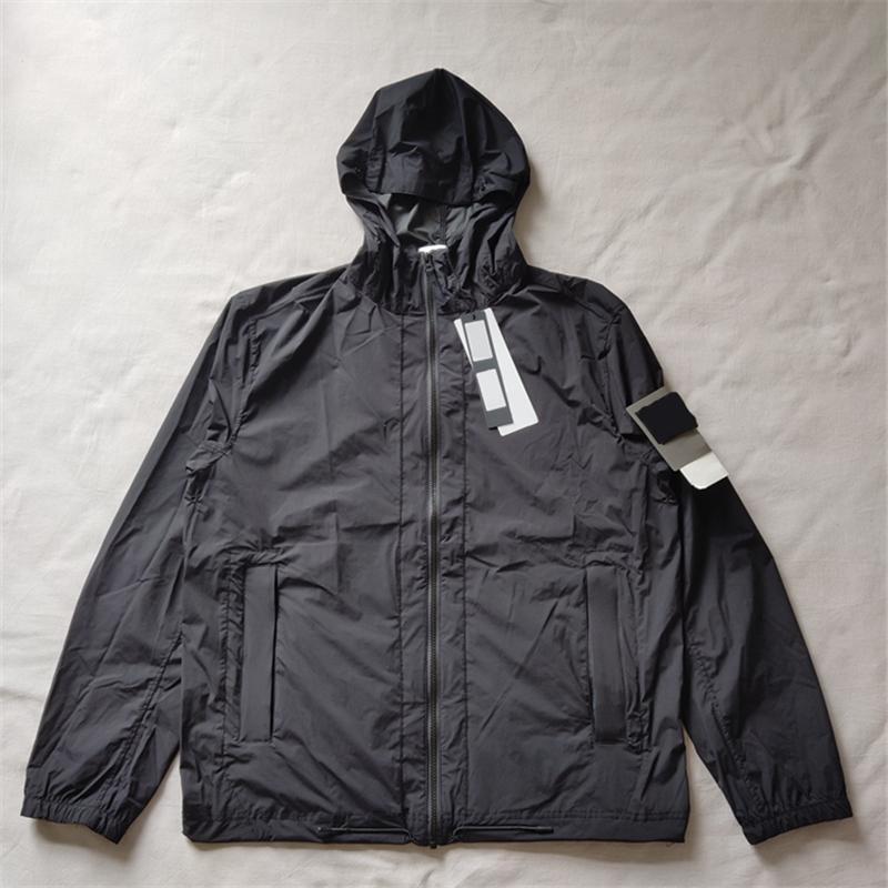 여름 태양 빛 후드 재킷 캐주얼 간단한 유럽과 미국 스타일의 선 스크린 옷 애호가 패션 남자 청소년 코트 수 놓은 배지 겉옷