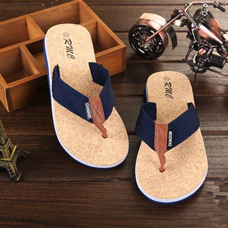 2021 داخلي وخارجي الرجال النعال الصيف زحافات الرجال النعال الأزياء شاطئ عارضة الأحذية النعال الرجال الشرائح