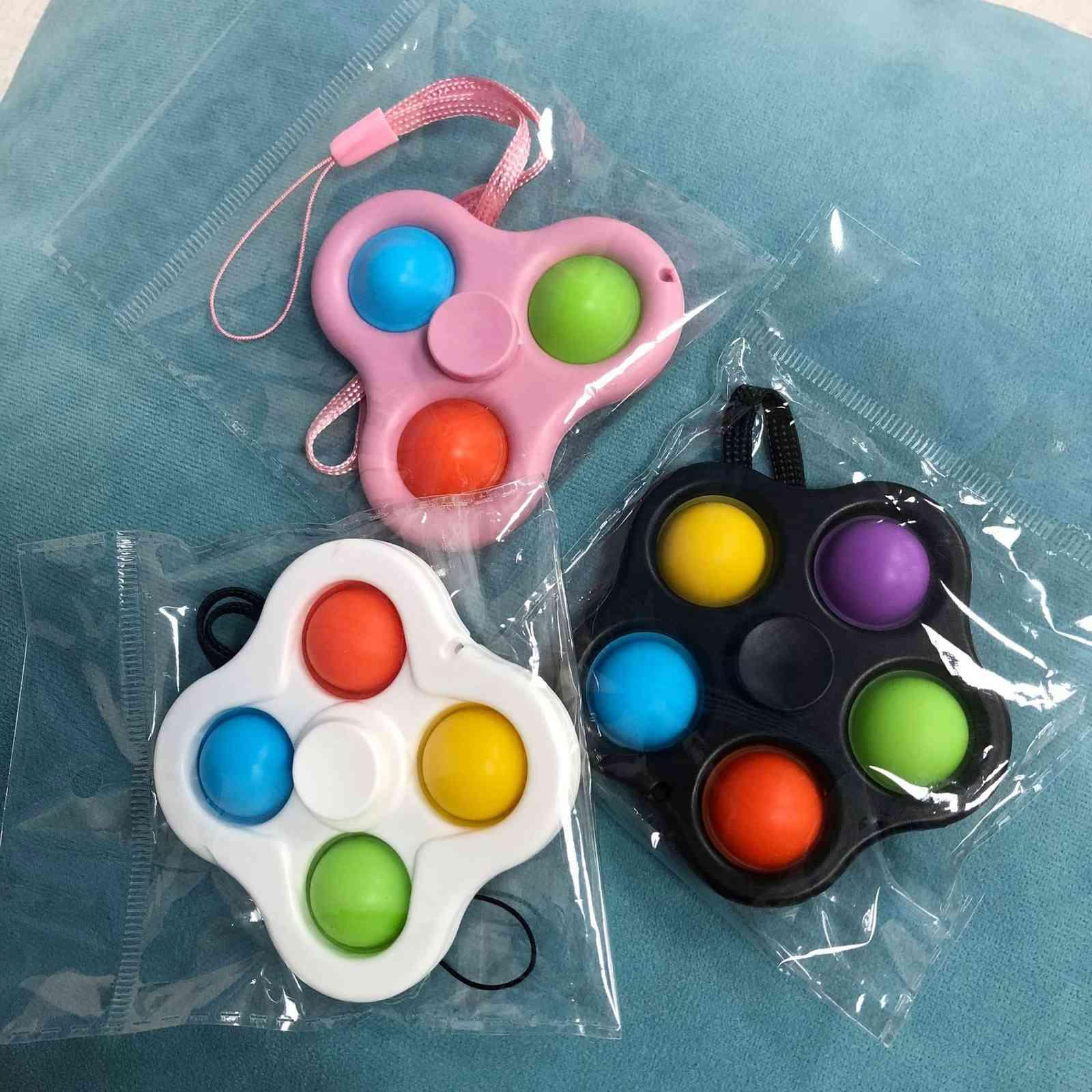 Com cordão Fidget Brinquedos Bubble Poppers Chave Anel Push Spinner Board Stress Relevo Decompression Finger Bubbles Squishies DNA Stress Ball Fidgets G47W6PG
