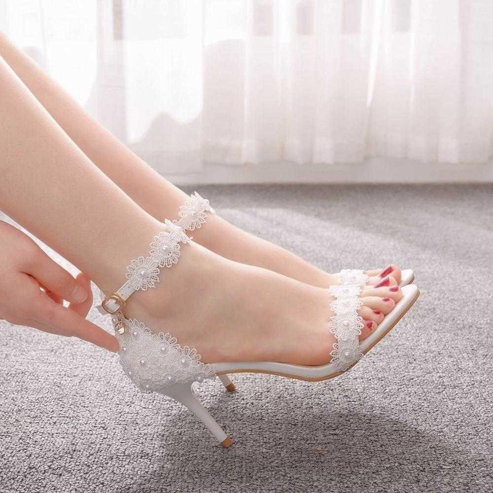 Kristallkönigin Frauen Schuhe Fisch Mund Plattform Frau Dünne Ferse Weiße Spitze Hochzeit Braut Kleid Pumps Schnalle 210624
