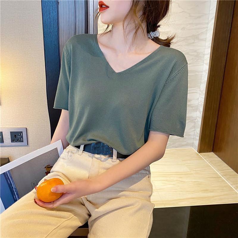 SPRNG و الربيع الحرير الجليد زائد الحجم قصيرة الأكمام 2021 الأزياء الإناث تي شيرت عارضة قاع متماسكة فضفاض الخامس الرقبة الأعلى أنيقة المرأة