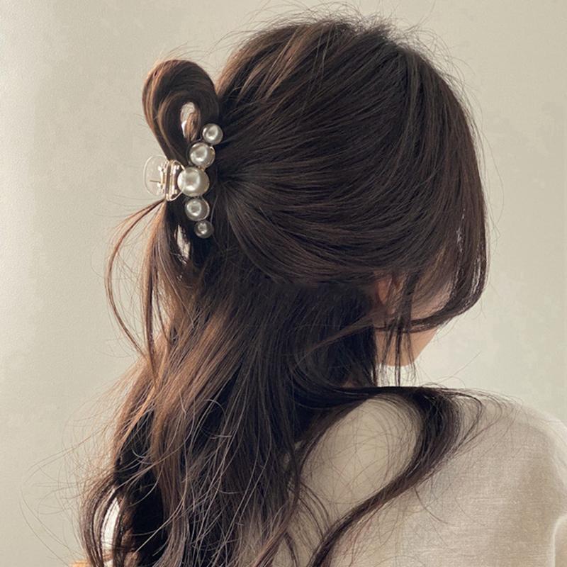 Moda Hyperbole Big Pearls Acrílico Pelo Garra Clips Tamaño Maquillaje Estilo Parrettes para Mujeres Accesorios