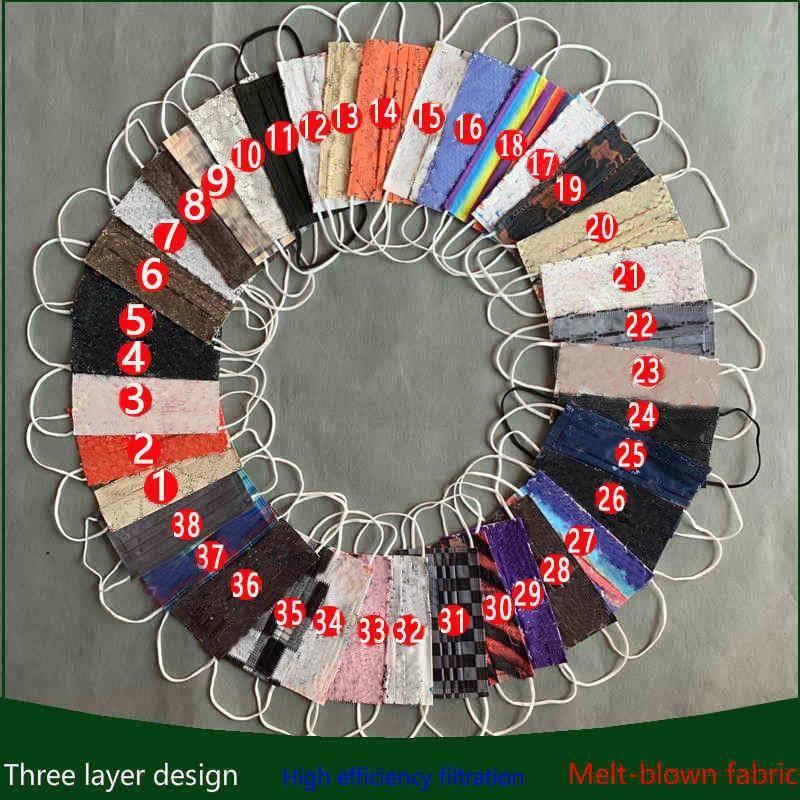 Moda Tasarımcısı Tek Kullanımlık Yüz Maskesi 10 adet / torba Yetişkin Tasarım Balck Gri Pembe Toz Ağız Maskeleri Kapak 3-Kat dokunmamış