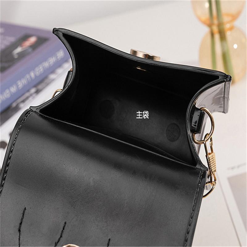 2021 جودة عالية أحدث الماس المرأة حقيبة الكتف الصيف اللون الإبط المحافظ أزياء سيدة مصممين الفمويل العلامة التجارية حقائب اليد بلينغ نايلون لامعة حقيبة C8