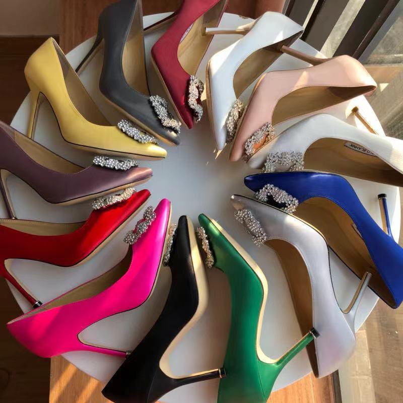 2021 새로운 도착 브랜드 디자이너 파티 웨딩 신발 신부 여성 숙녀 샌들 패션 섹시한 드레스 신발 지적 발가락 하이힐 가죽 반짝이 펌프 스톤 스타일