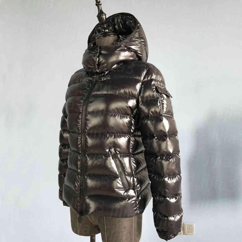 Femme Down Vestes Veste d'hiver Parka Top Qualité Classic Casual Coats Mesquins Extérieur Mesdames Heurt Gardez un manteau courte chaud à capuchon épaissir les vêtements de vêtement à coupe-vent