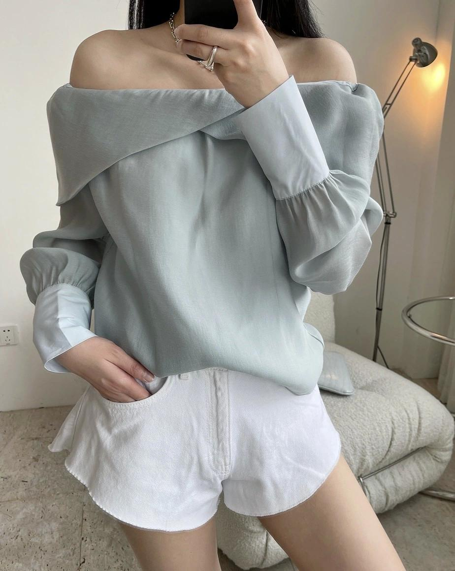 Women Blouses 2021 The summer French blogger gentle temperament of a word collar off-shoulder shirt sexy long sleeves short fairy blouse woman