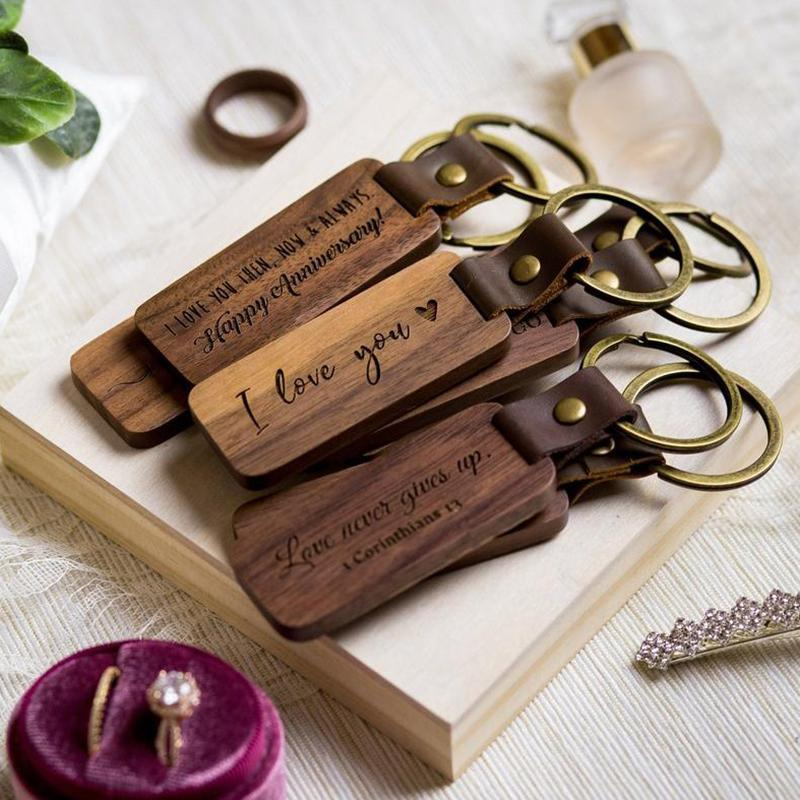 Personalized Leather Keychain Pendant Beech Wood Carving Keychains Luggage Decoration Key Ring DIY Thanksgiving Father's Day Gift