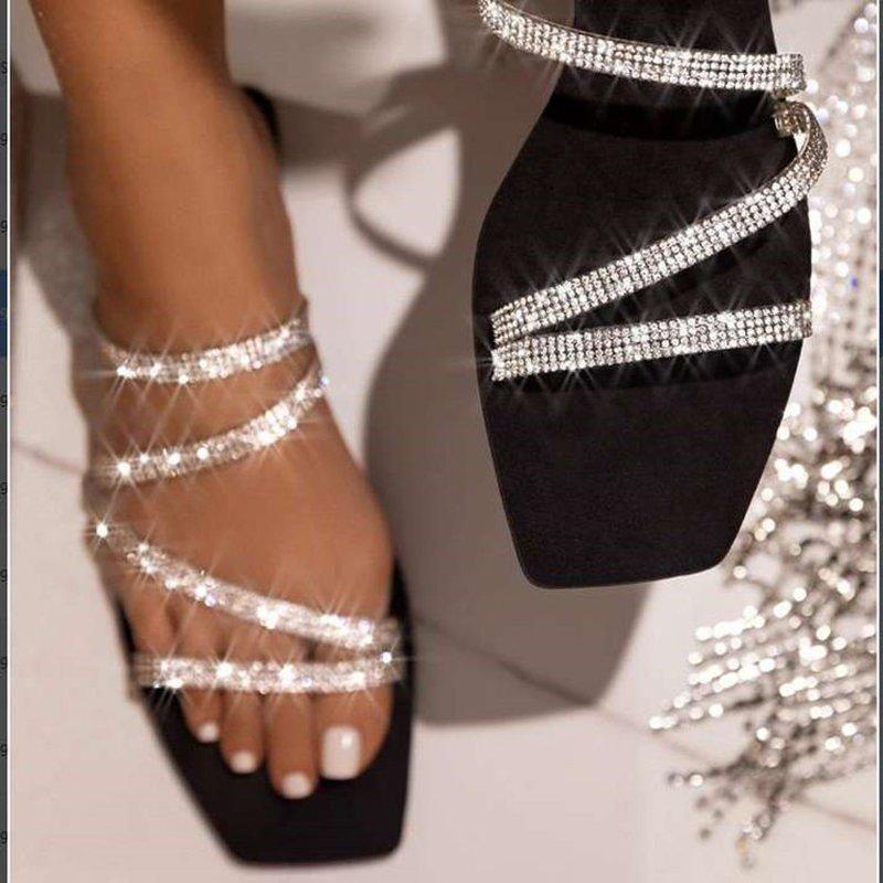 Luxury Women Crystal Slippers Rainbow Color Multi Flat Heels Fashion Sexy Sandals Partido al aire libre Diapositivas Zapatillas de señoras Summer 2021