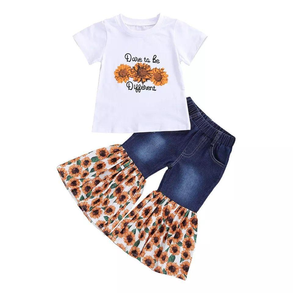 التجزئة / الجملة فتاة عباد الشمس مطبوعة رياضية الملابس مجموعات 2 قطع مجموعة قصيرة الأكمام أعلى + السراويل اندلع الفتيات ملابس الأطفال مصممين ملابس الاطفال بوتيك