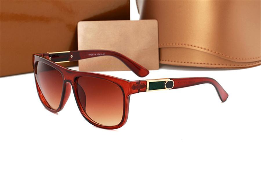 Designer di lusso Brand Sunglasses da uomo Occhiali da vista Occhiali da vista Outdoor Shades PC Cornice moda classica signora occhiali da sole specchi per le donne