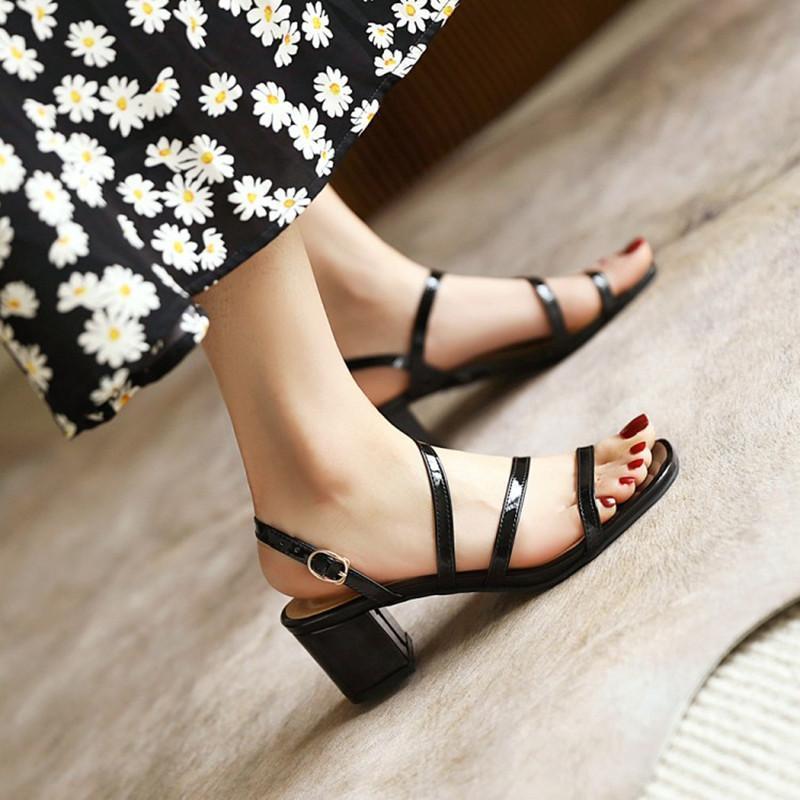Gute Qualität Lackleder Big Plus Größe 49 50 51 52 Sandalen Schuhe Frauen Quadratische Fersen Schwarz Weiß Rosa Nude Gladiator Sandal 33