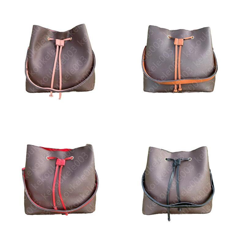 Femmes luxuries designers sacs sac à bandoulière sacs à main Pochette accessoires Bandoulière Porte-monnaie Femme Porte-cartes Porte-cartes Messenger Purse Sac à main Dame Sac à dos