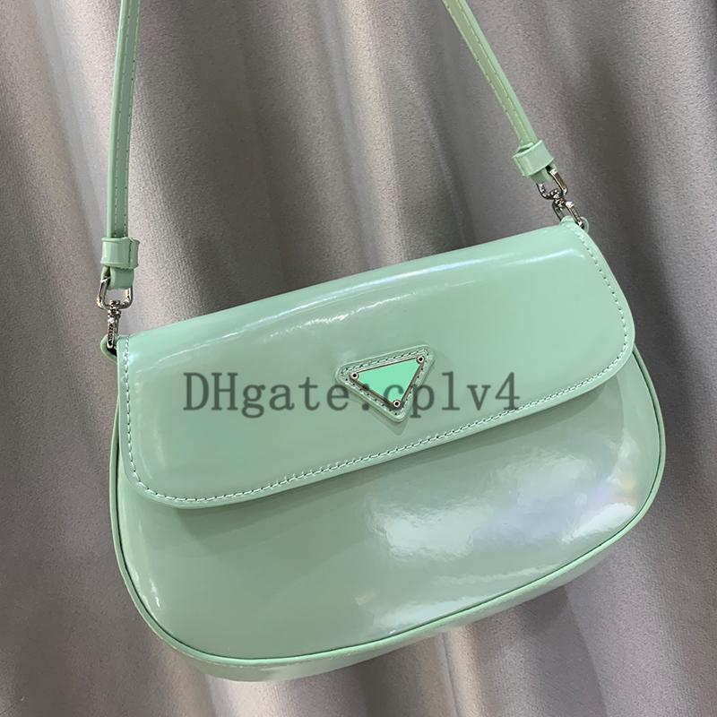 Saco de saddle 2021 sacos de axila de couro brilhante retrô único ombro diagonal espelho portátil bolsa