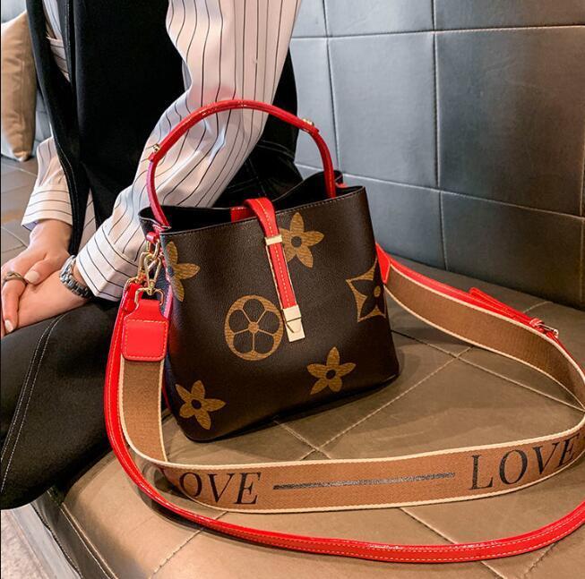 women bag 2021 large capacity messenger handbag