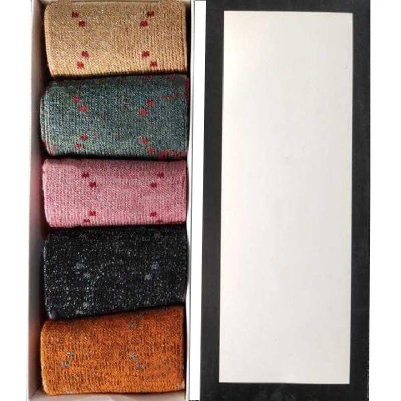 고품질의 여성 양말 스타킹 편지 인쇄 여자 양말 속옷 남성과 여성을위한 캐주얼 스포츠 스타킹