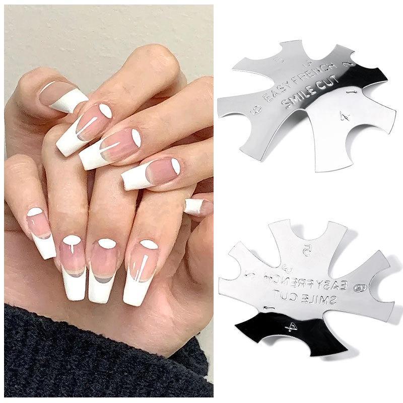 Beauté Métal Nail Templates Edge Professional 1-8 Tailles U Formé Tondeuse Coupée Français Faux Nails Manucure Toes Tips