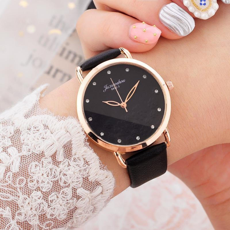 Wristwatches Elegant Simple Women's Quartz Leather Band Strap Spin Watch Clock Fashion Casual Retro Watches Female