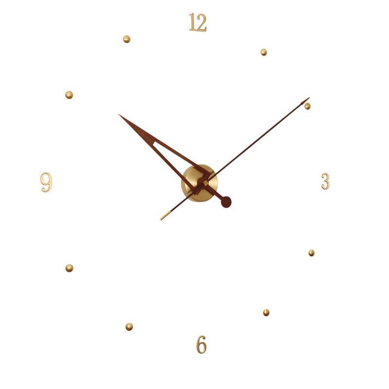 ساعات الحائط الإبداعية الحديثة ساعة معدنية الذهب الفاخرة كبيرة صامتة ووتش الشمال إسبانيا مؤشر ديكور المنزل غرفة المعيشة