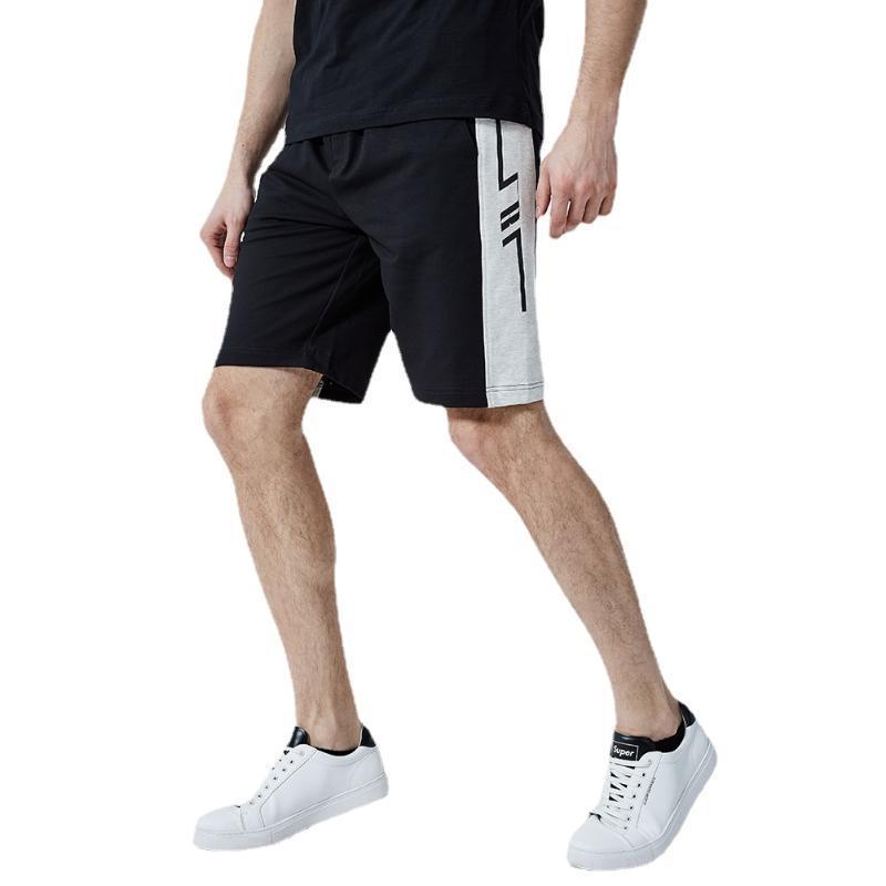 Ropa de gimnasia 2021Summer Pantalones cortos casuales para hombre Tiras verticales Todo Match Color Matching Pantalones de cinco puntos Playa de moda