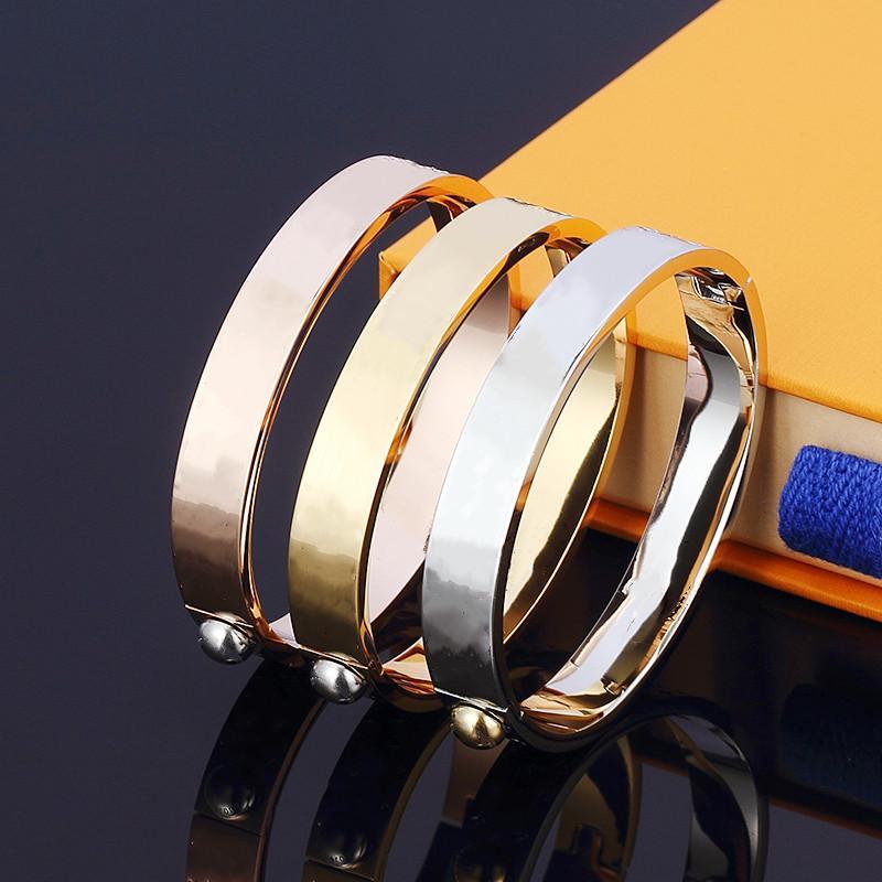Versione alta moda Amore Braccialetto Gold Braccialetto per unghie Bangle Pulsera Braccialetto per uomo e donna Party Wedding Wedding Coppies gioielli regalo con scatola