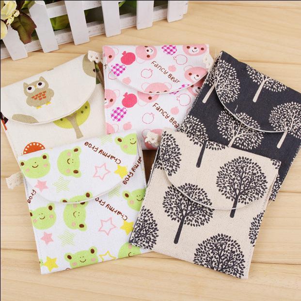 Paquet de serviette hygiénique Pays de coton de dessin animé mignon rangement petit sac de pièces de monnaie fraîche sac cosmétique