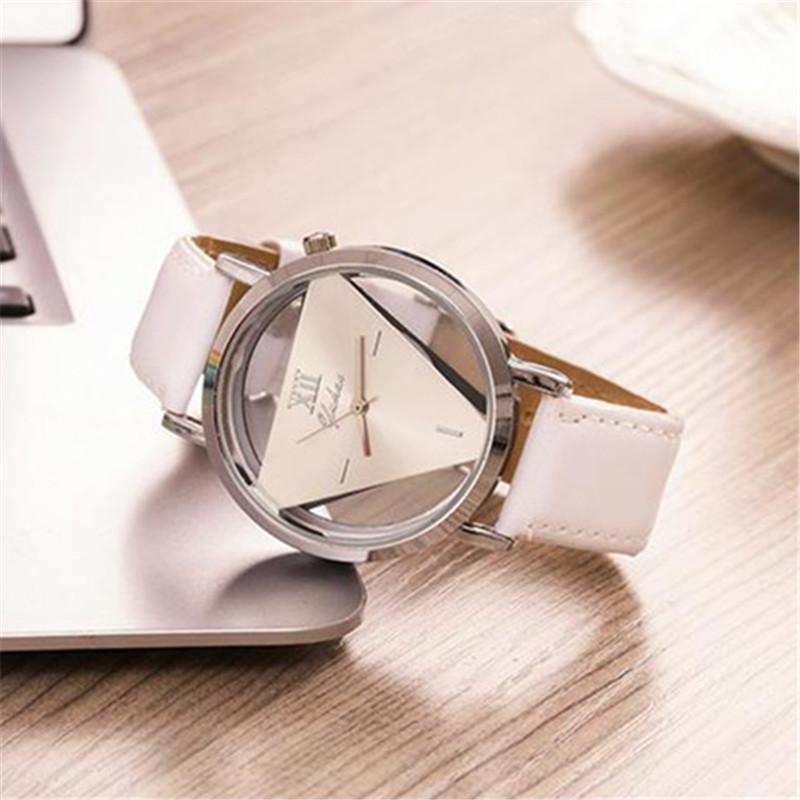 Relógios de pulso Hesiodo Senhoras Nova Moda de Relógios Elegante Triângulo Oco das Mulheres do Relógio Com Couro Fino