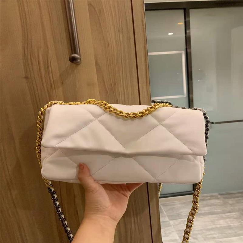 Lussurys 2021 Donne delle spalle Donne Donners High Designer Quality Brand Brand Bag Ladies cm High Messenger Frizioni Borse Dimensioni: Dimensioni: 25 * 17 * 9 Plai BNNR