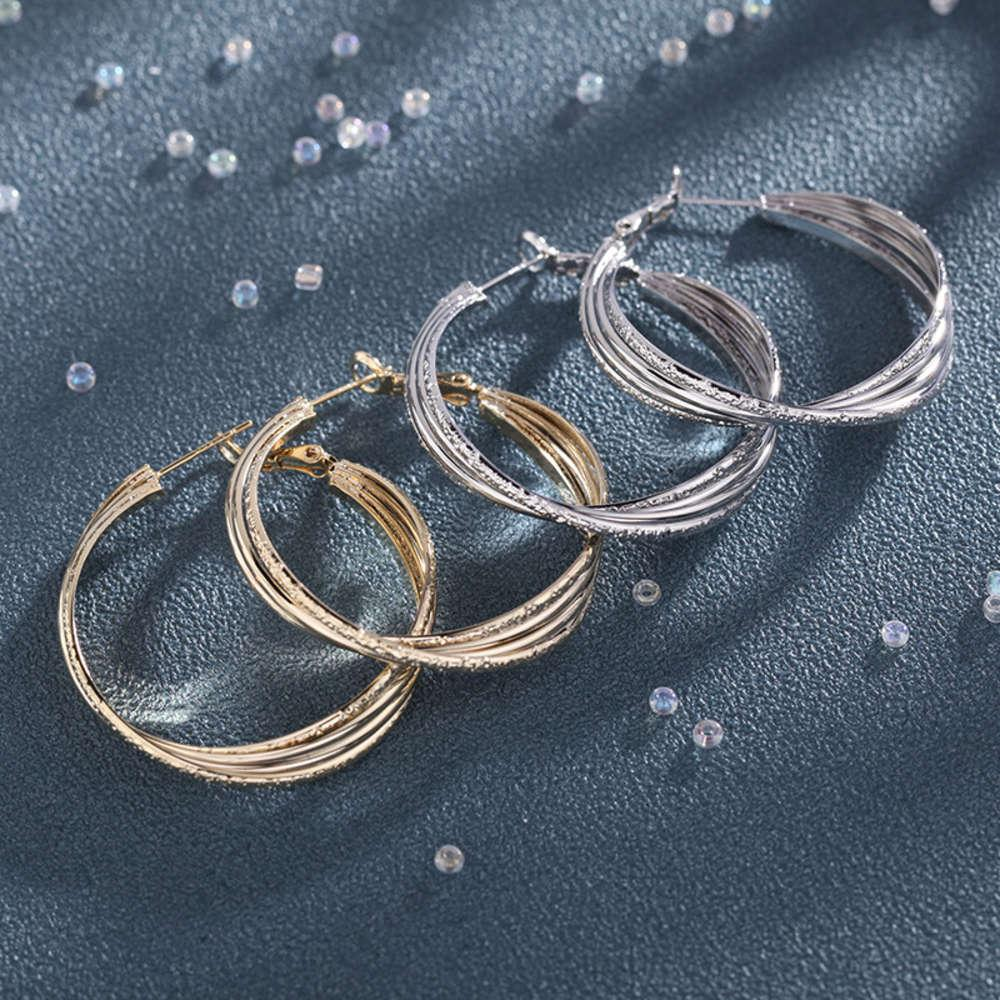 Design Sense Gold Große Ohrringe Ohrschnalle Ohrringe S925 Silber Nadel Kleine Masse Indifferenzohrringe