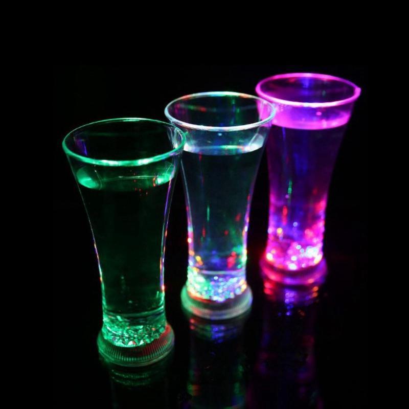 Engraçado drinkware arco-íris cor copo piscando diodo emissor de diodo emissor de diodo emissor de luz canecas de água fresco bebida bebida cerveja vidros de vinho bar de barras decoração zza