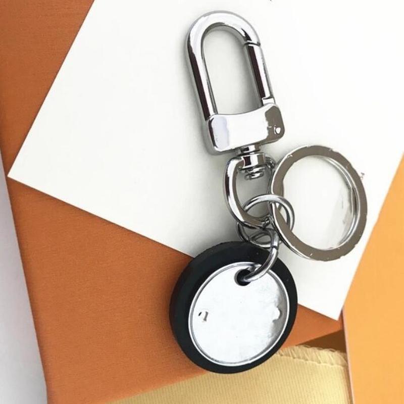 2021 Designers Métal Lettres Key Chain Accessoires Key-Bague PuR Ciches Lettres Luxurys Modèle Car Keychain Bijoux Cadeaux avec boîte