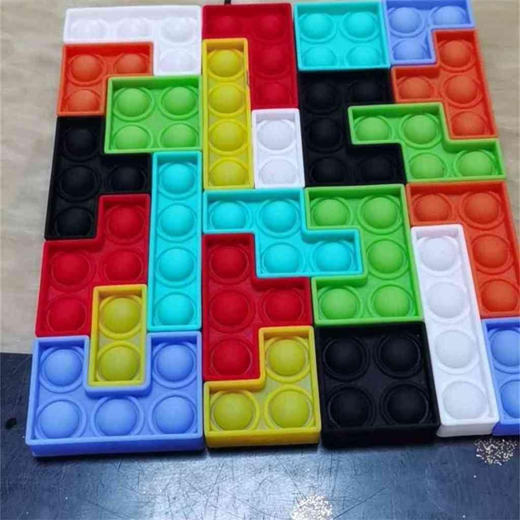 8PCS / SET TETRIS juego Empalme juguete Pop Fidget Push Bubble Board Juego Sensory Silicone Soft Puzzle DecomPression Educational Juguete para niños G62QXU3