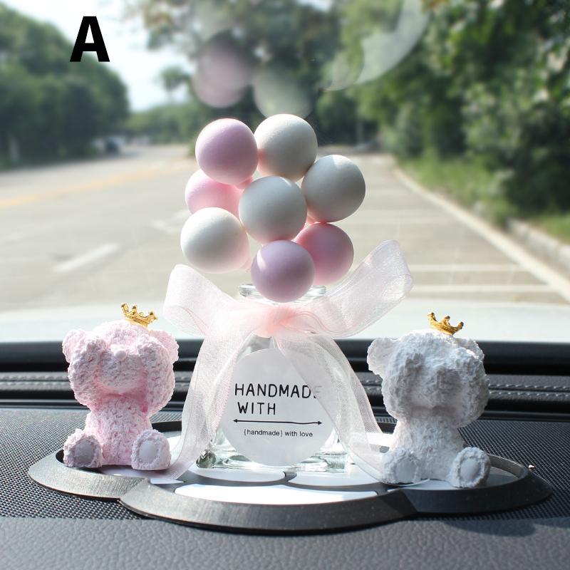Gypsum Bear Ornament Auto Console Decorazione Decorazione di cristallo Balloon Balloon Ornamento Auto Profumo Interno Decor Crystal Girls Donne