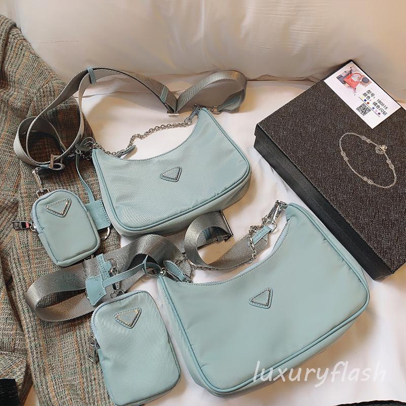 Designers Nylon Femmes Bandbody Sac Luxurys Blue Triangle Marque Portefeuille Fashion Haute Qualité Pursards Europe et Amérique 2021 Trend Ladis Sacs à main Lettres